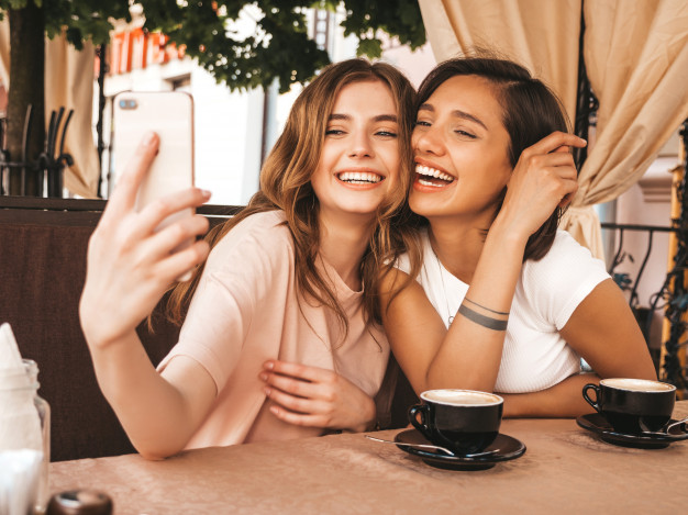 random chat with beautiful girls